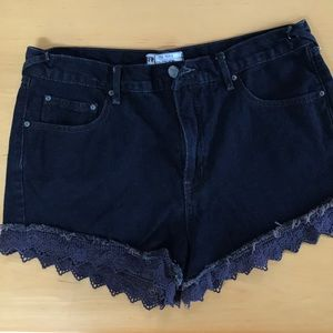 Like new free people jean shorts with lace!